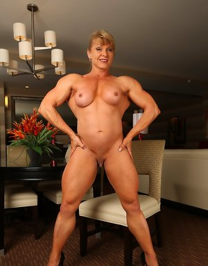Nude Bodybuilder Boobs Pictures